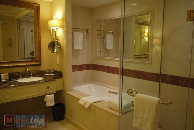 the-venetian-macao-resort-hotel-17