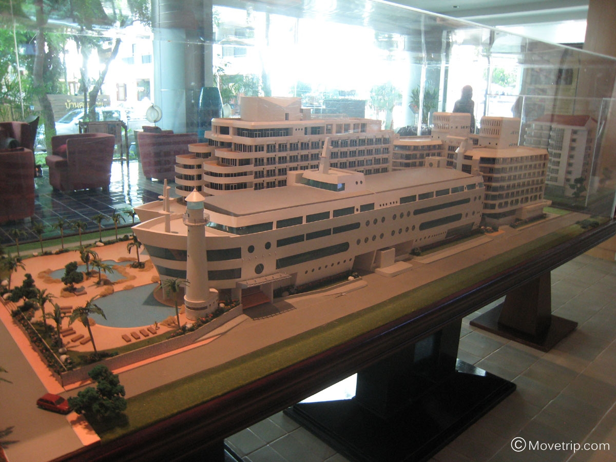 A One The Royal Cruise Hotel Pattaya