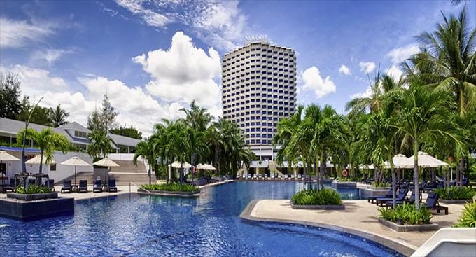 Novotel-Hua-Hin-Cha-Am-Beach-Resort-and-Spa