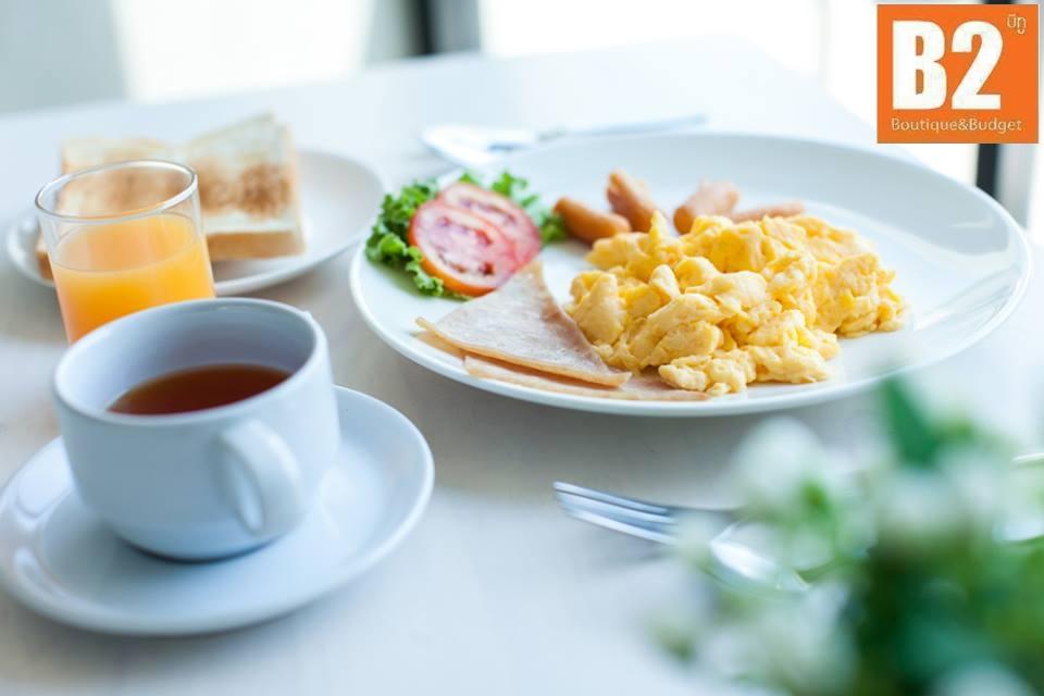 B2-Phuket-Breakfast-2