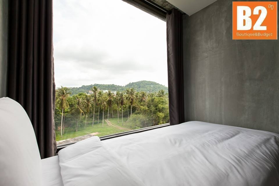 B2-Phuket-Deluxe-Room-2 (2)
