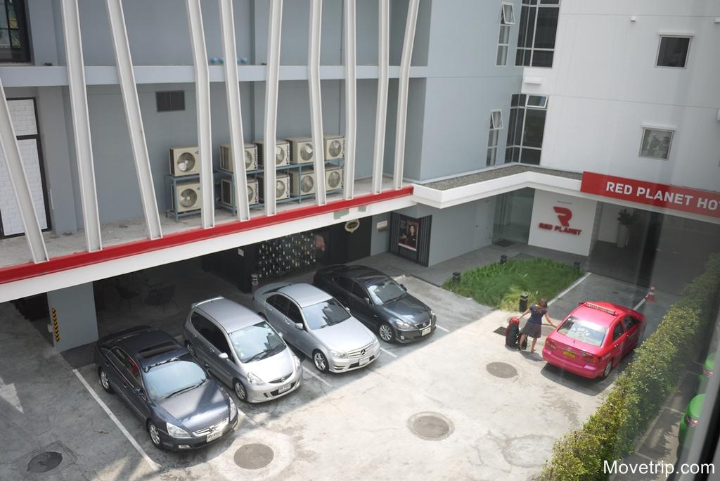 red-planet-hotel-surawong-bangkok-58