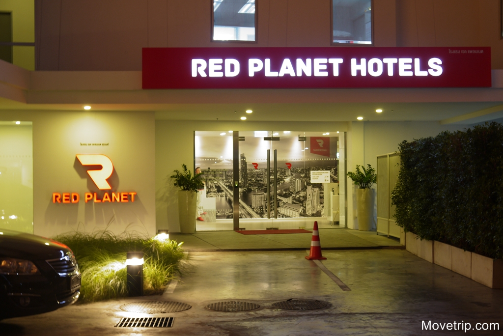 red-planet-hotel-surawong-bangkok-71