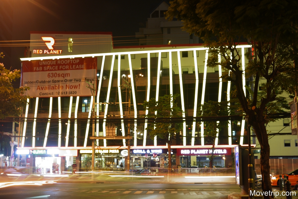 red-planet-hotel-surawong-bangkok-73