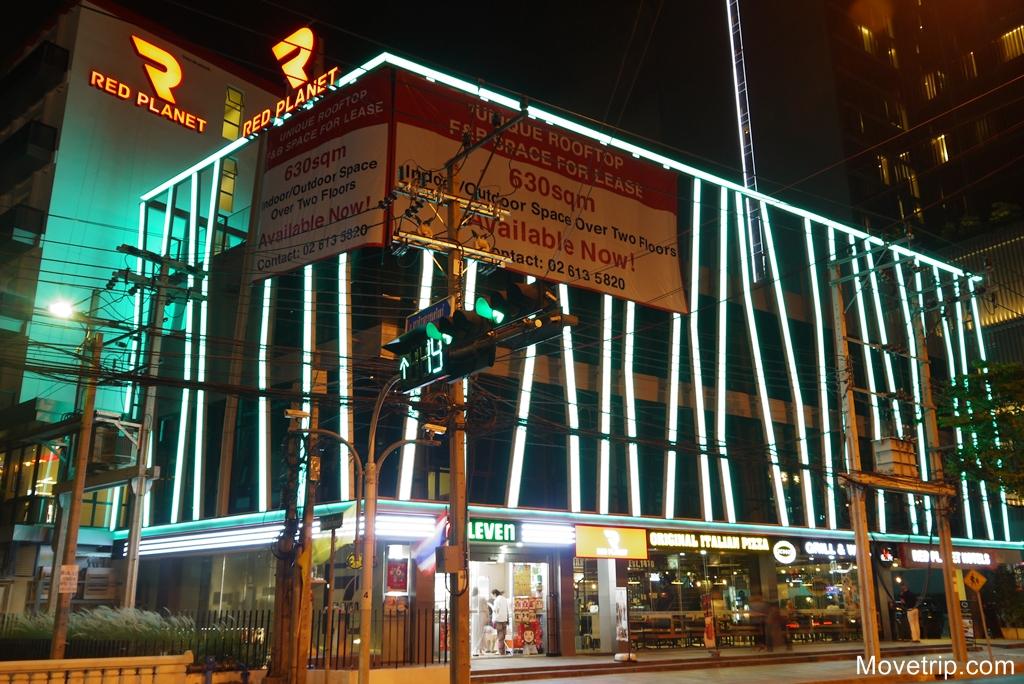 red-planet-hotel-surawong-bangkok-75