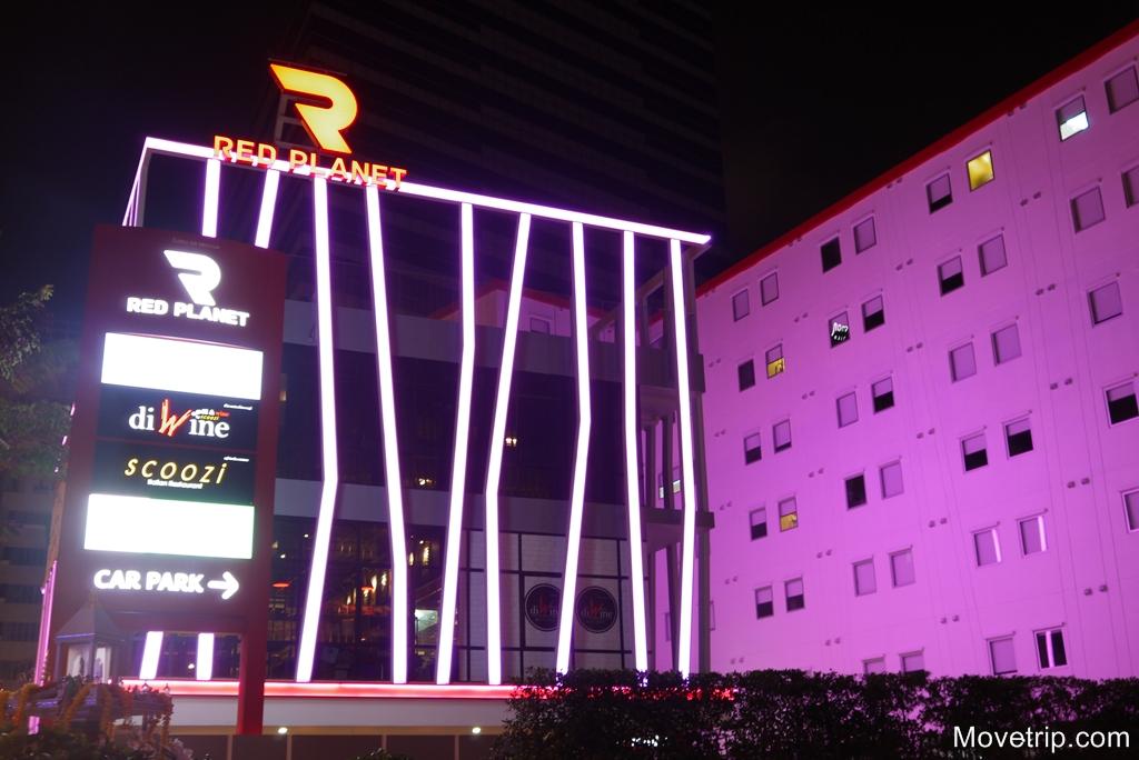 red-planet-hotel-surawong-bangkok-78