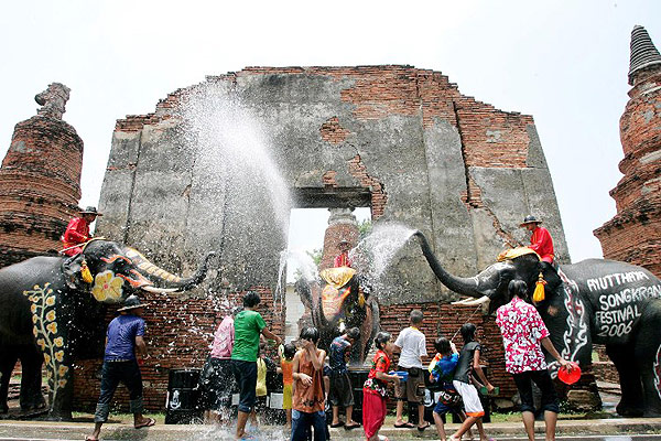 thailand-songkran-festival-2016-ayutthaya
