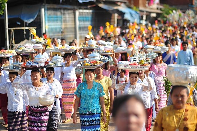 thailand-songkran-festival-2016-kanchanaburi