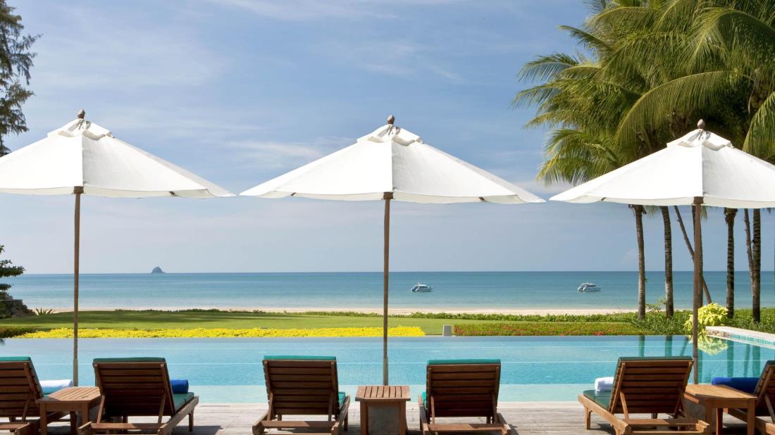 Dusit-Thani-Krabi-Beach-Resort