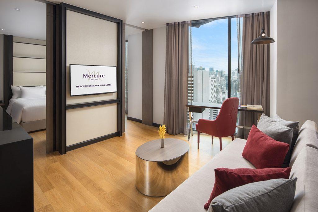Mercure-Hotels-Bangkok-Makkasan-Executive-Suite-1