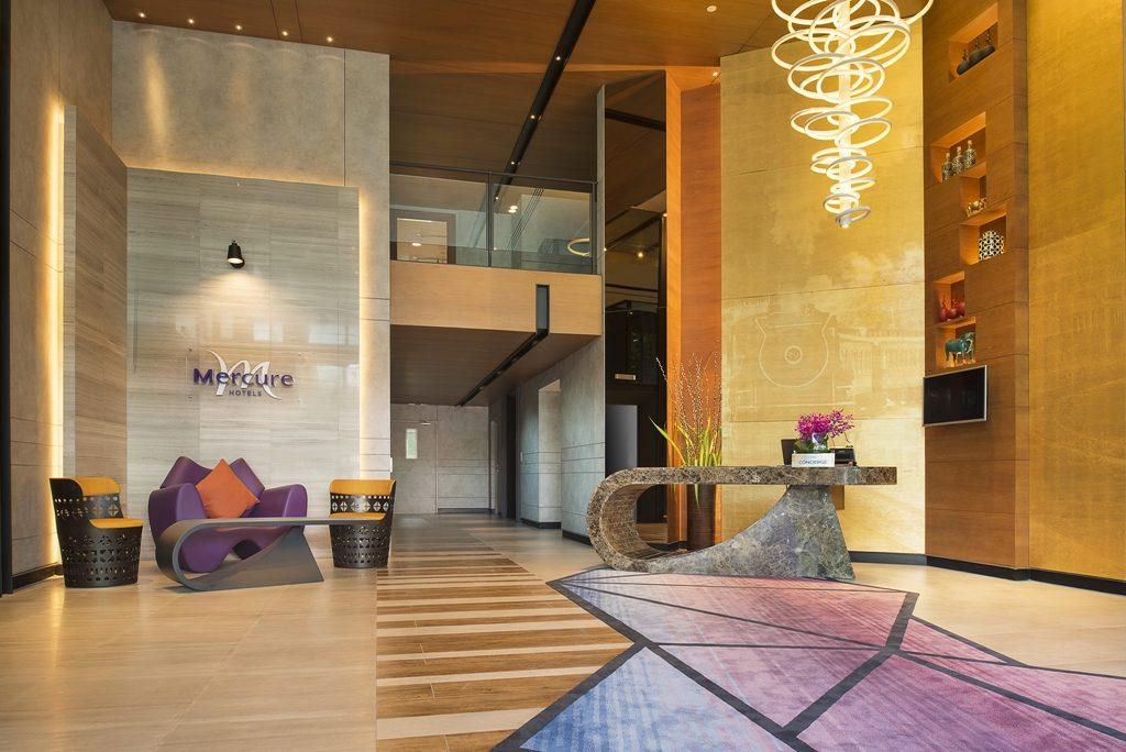 Mercure-Hotels-Bangkok-Makkasan-Lobby